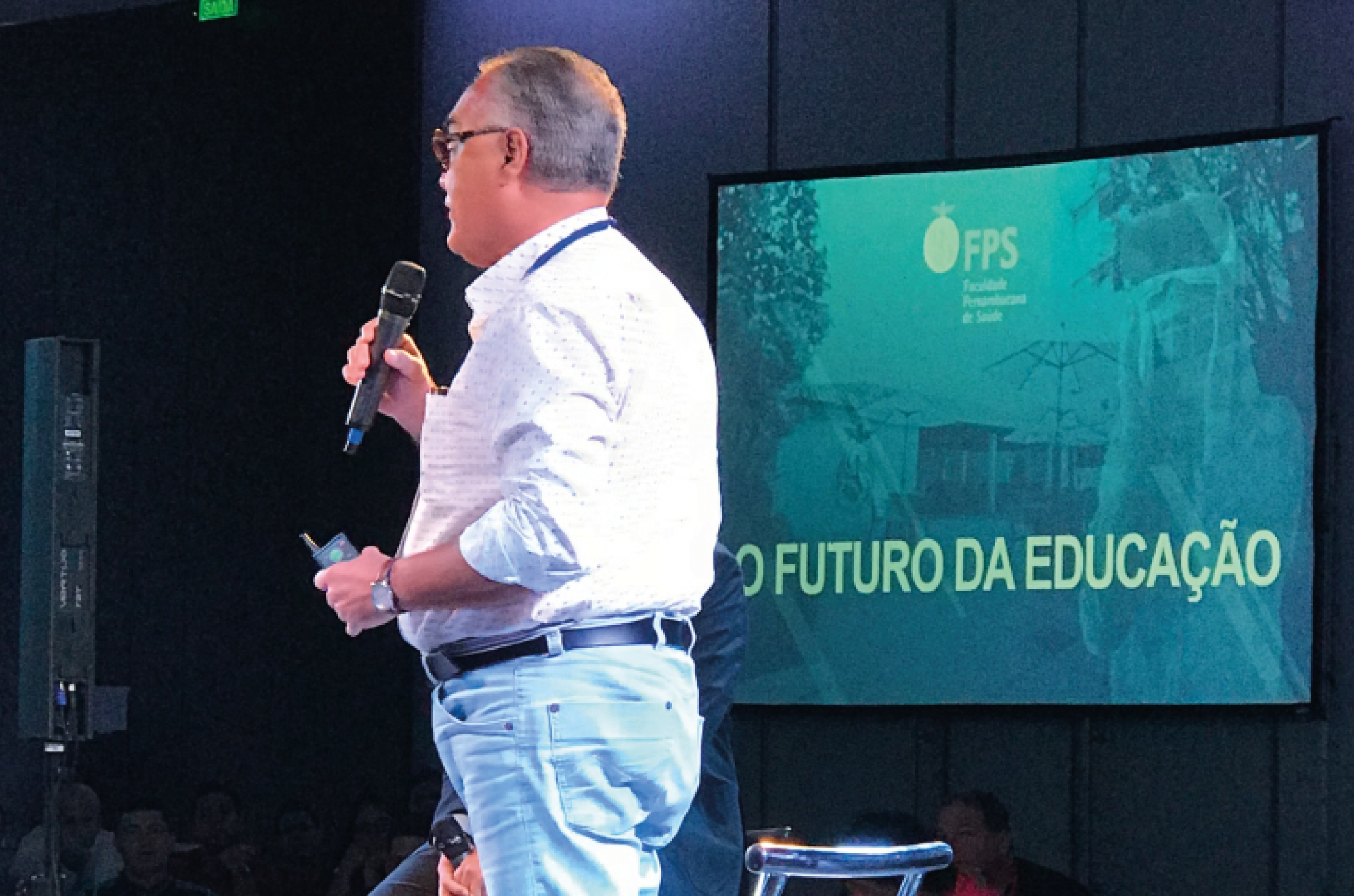 Coordenador Acadêmico da FPS realiza palestra em evento de inovação e tecnologia